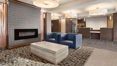 Days Inn & Suites, Yorkton