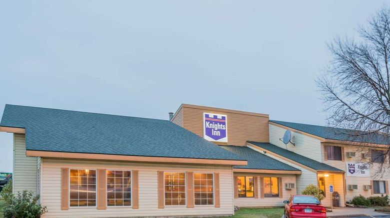 """Knights Inn Litchfield Exterior. Images powered by <a href=""""http://web.iceportal.com"""" target=""""_blank"""" rel=""""noopener"""">Ice Portal</a>."""