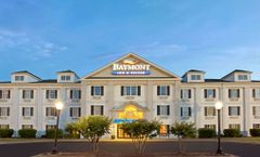Baymont Inn & Suites, Pearl