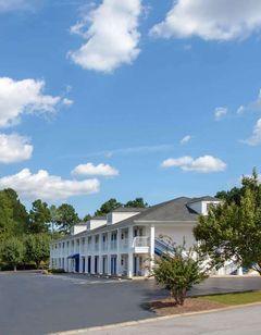 Baymont Inn & Suites, Greenwood