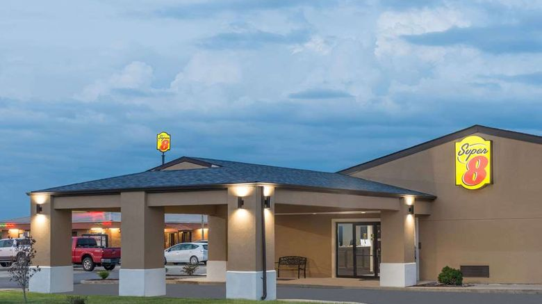 """Super 8 Charleston Exterior. Images powered by <a href=""""http://web.iceportal.com"""" target=""""_blank"""" rel=""""noopener"""">Ice Portal</a>."""