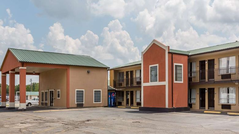 """Days Inn by Wyndham Carlisle Exterior. Images powered by <a href=""""http://web.iceportal.com"""" target=""""_blank"""" rel=""""noopener"""">Ice Portal</a>."""