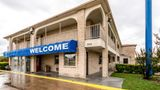 Motel 6 San Antonio Splashtown Exterior