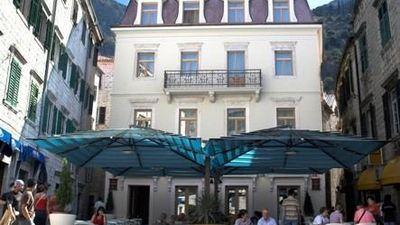 Vardar Hotel Kotor