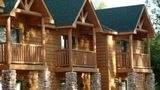 Grizzly Jack's Grand Bear Resort Exterior