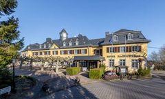 TOP Jagdschloss Niederwald