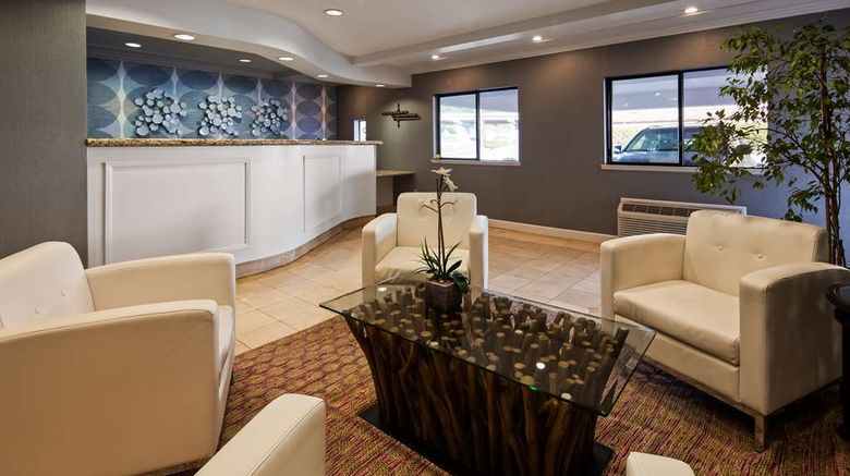 """Best Western Inn Lobby. Images powered by <a href=""""http://web.iceportal.com"""" target=""""_blank"""" rel=""""noopener"""">Ice Portal</a>."""