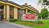 Best Western Plus Raffles Inn & Suites Exterior