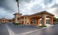 Best Western Inn & Suites Lemoore