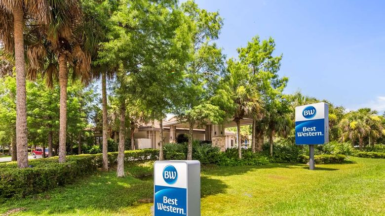 """Best Western Crystal River Resort Exterior. Images powered by <a href=""""http://web.iceportal.com"""" target=""""_blank"""" rel=""""noopener"""">Ice Portal</a>."""