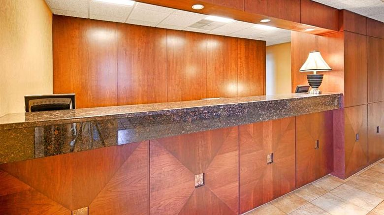 """Best Western Hopkinsville Lobby. Images powered by <a href=""""http://web.iceportal.com"""" target=""""_blank"""" rel=""""noopener"""">Ice Portal</a>."""