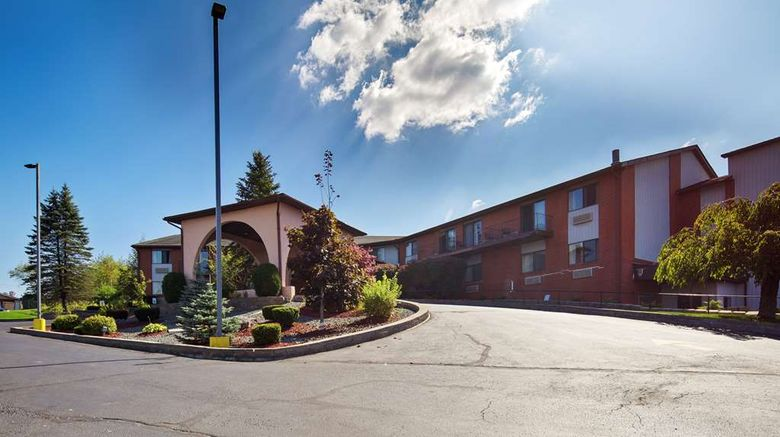 """Best Western Monticello Exterior. Images powered by <a href=""""http://web.iceportal.com"""" target=""""_blank"""" rel=""""noopener"""">Ice Portal</a>."""