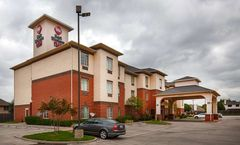 Best Western Plus Lake Dallas Inn & Stes