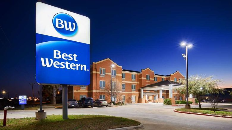"""Best Western Lockhart Hotel  and  Suites Exterior. Images powered by <a href=""""http://web.iceportal.com"""" target=""""_blank"""" rel=""""noopener"""">Ice Portal</a>."""