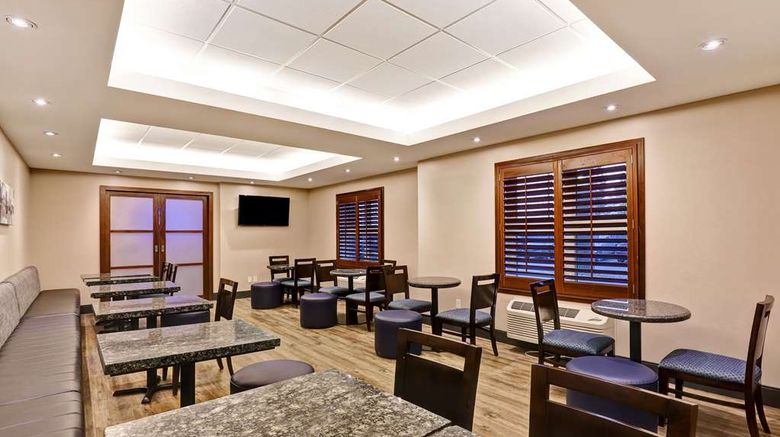 """<b>Best Western Plus Brandon Inn Restaurant</b>. Images powered by <a href=""""https://iceportal.shijigroup.com/"""" title=""""IcePortal"""" target=""""_blank"""">IcePortal</a>."""