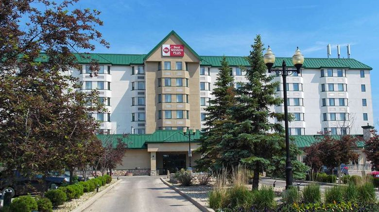 """Best Western Plus Winnipeg Airport Hotel Exterior. Images powered by <a href=""""http://web.iceportal.com"""" target=""""_blank"""" rel=""""noopener"""">Ice Portal</a>."""