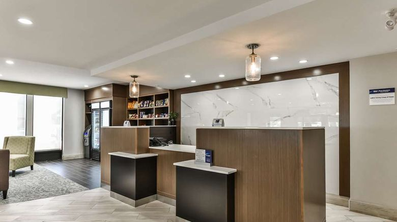 """Best Western Plus Cambridge Hotel Lobby. Images powered by <a href=""""http://web.iceportal.com"""" target=""""_blank"""" rel=""""noopener"""">Ice Portal</a>."""