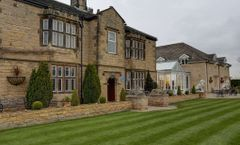 Rogerthorpe Manor Hotel BW Signature