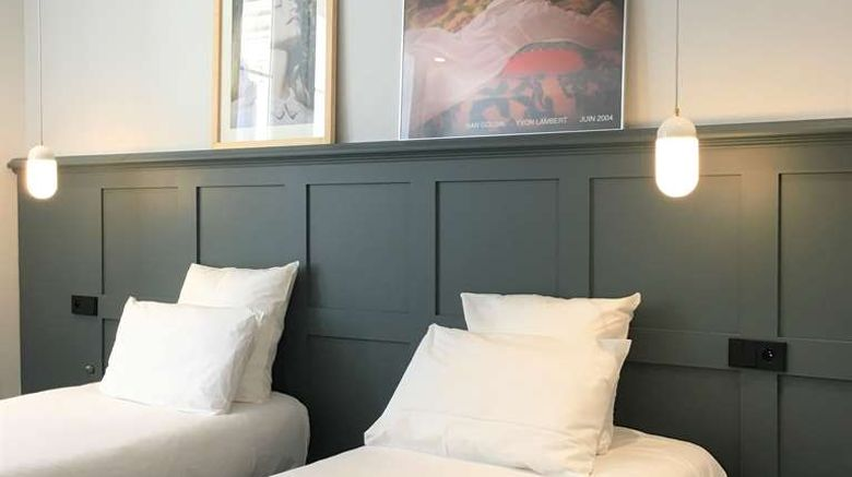 """Best Western Hotel De Verdun Room. Images powered by <a href=""""http://web.iceportal.com"""" target=""""_blank"""" rel=""""noopener"""">Ice Portal</a>."""