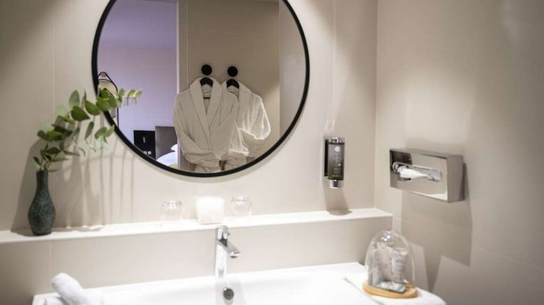 """<b>Best Western Premier Masqhotel Suite</b>. Images powered by <a href=""""https://iceportal.shijigroup.com/"""" title=""""IcePortal"""" target=""""_blank"""">IcePortal</a>."""