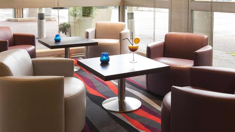 """Best Western Plus Paris Orly Airport Lobby. Images powered by <a href=""""http://web.iceportal.com"""" target=""""_blank"""" rel=""""noopener"""">Ice Portal</a>."""