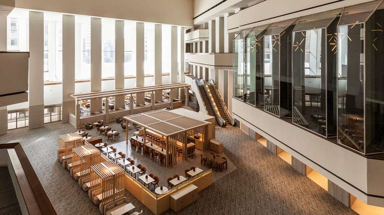 "<b>Hyatt Regency Houston Lobby</b>. Images powered by <a href=""https://iceportal.shijigroup.com/"" title=""IcePortal"" target=""_blank"">IcePortal</a>."