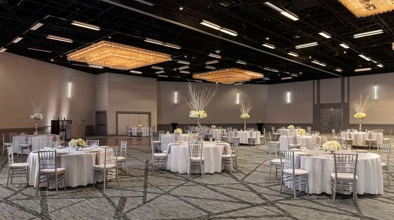 "<b>Hyatt Regency Houston Ballroom</b>. Images powered by <a href=""https://iceportal.shijigroup.com/"" title=""IcePortal"" target=""_blank"">IcePortal</a>."