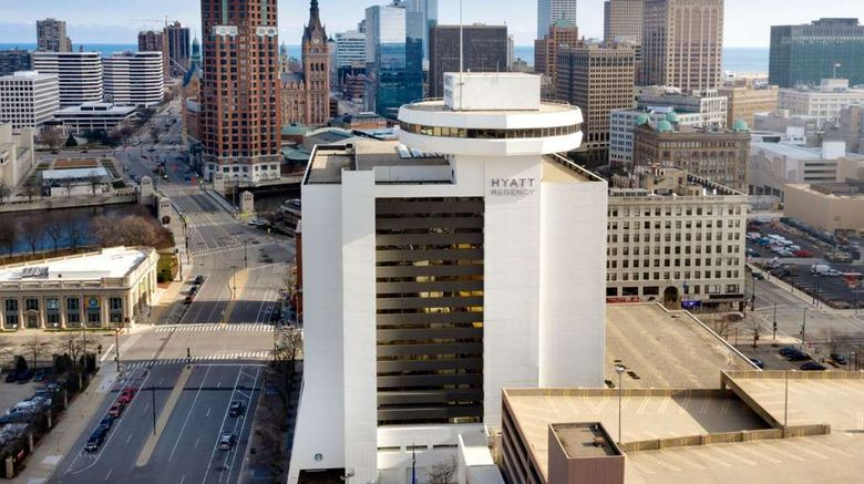 "Hyatt Regency Milwaukee Exterior. Images powered by <a href=""http://web.iceportal.com"" target=""_blank"" rel=""noopener"">Ice Portal</a>."