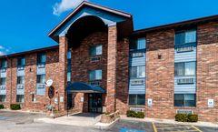 Motel 6 Naperville