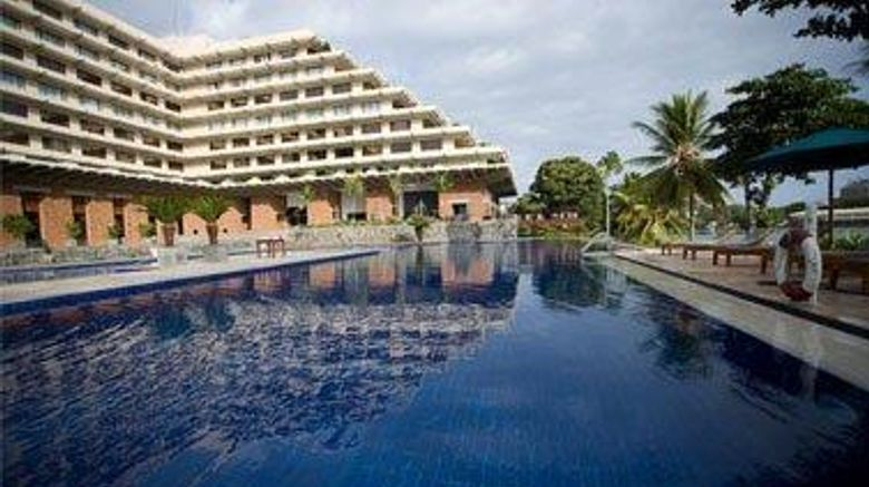 """<b>Cinnamon Lakeside Colombo Exterior</b>. Images powered by <a href=""""https://iceportal.shijigroup.com/"""" title=""""IcePortal"""" target=""""_blank"""">IcePortal</a>."""