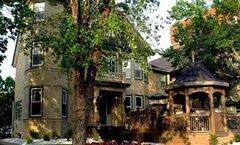 Dundee Arms Inn