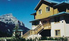 Banff Boundary Lodge