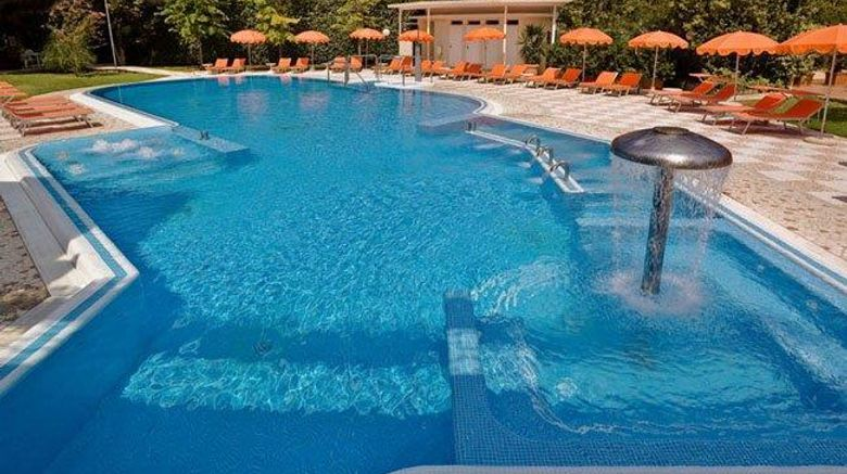 """<b>Eliseo Hotel Wellness And Spa Pool</b>. Images powered by <a href=""""https://iceportal.shijigroup.com/"""" title=""""IcePortal"""" target=""""_blank"""">IcePortal</a>."""