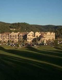 MCM Elegante Lodge & Resort