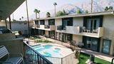 7 Springs Inn & Suites Exterior