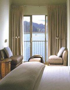 Acqua Hotel