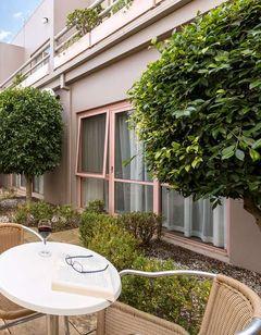 Kimberley Gardens Hotel, Serviced Apts