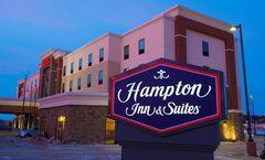 Hampton Inn & Suites Bismarck/Northwest
