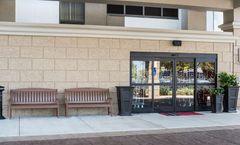 Hampton Inn Charleston-Southridge