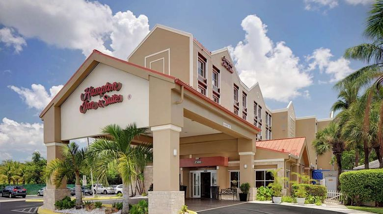 """Hampton Inn  and  Suites FLL Airport Exterior. Images powered by <a href=""""http://web.iceportal.com"""" target=""""_blank"""" rel=""""noopener"""">Ice Portal</a>."""