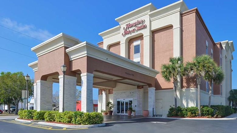 """Hampton Inn  and  Suites Cape Coral Exterior. Images powered by <a href=""""http://web.iceportal.com"""" target=""""_blank"""" rel=""""noopener"""">Ice Portal</a>."""