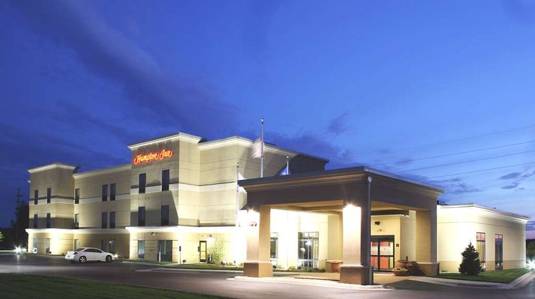 """Hampton Inn Fairmont Exterior. Images powered by <a href=""""http://web.iceportal.com"""" target=""""_blank"""" rel=""""noopener"""">Ice Portal</a>."""