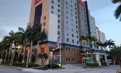 Hampton Inn & Suites Miami Airport South