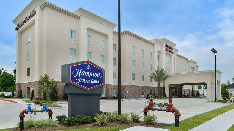 """Hampton Inn  and  Suites Harvey Exterior. Images powered by <a href=""""http://web.iceportal.com"""" target=""""_blank"""" rel=""""noopener"""">Ice Portal</a>."""
