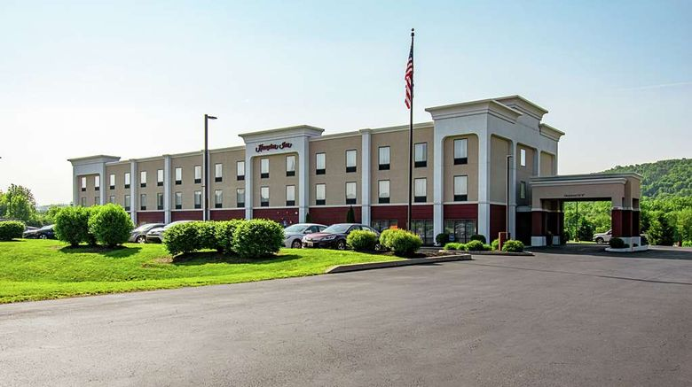 """Hampton Inn Pine Grove Exterior. Images powered by <a href=""""http://web.iceportal.com"""" target=""""_blank"""" rel=""""noopener"""">Ice Portal</a>."""