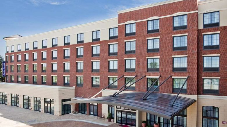 """Hampton Inn  and  Suites Chapel Hill Exterior. Images powered by <a href=""""http://web.iceportal.com"""" target=""""_blank"""" rel=""""noopener"""">Ice Portal</a>."""