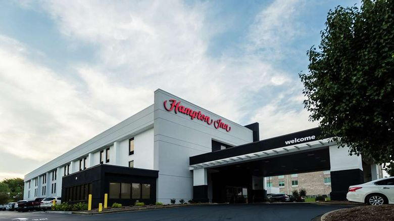"""Hampton Inn Somerset Exterior. Images powered by <a href=""""http://web.iceportal.com"""" target=""""_blank"""" rel=""""noopener"""">Ice Portal</a>."""