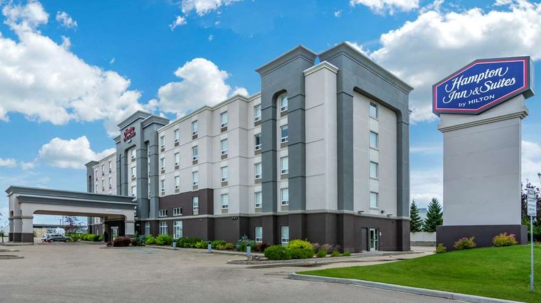 """Hampton Inn  and  Suites West Exterior. Images powered by <a href=""""http://web.iceportal.com"""" target=""""_blank"""" rel=""""noopener"""">Ice Portal</a>."""