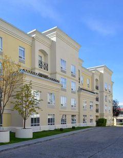 Hampton Inn & Suites by Hilton Calgary