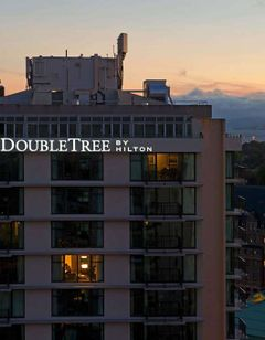 Doubletree by Hilton Hotel Victoria